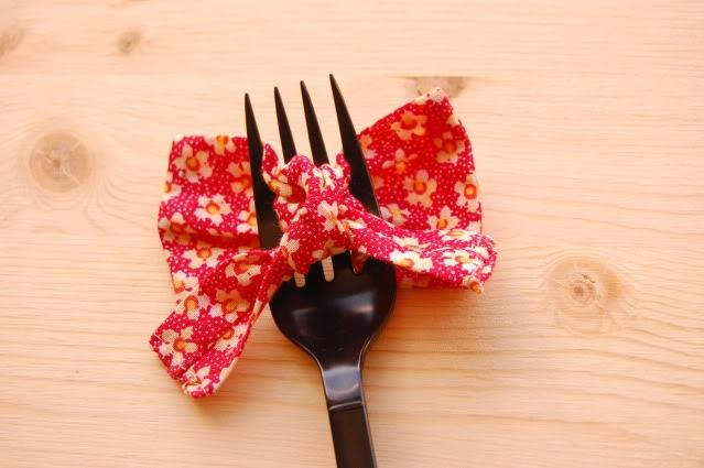 Fork bow