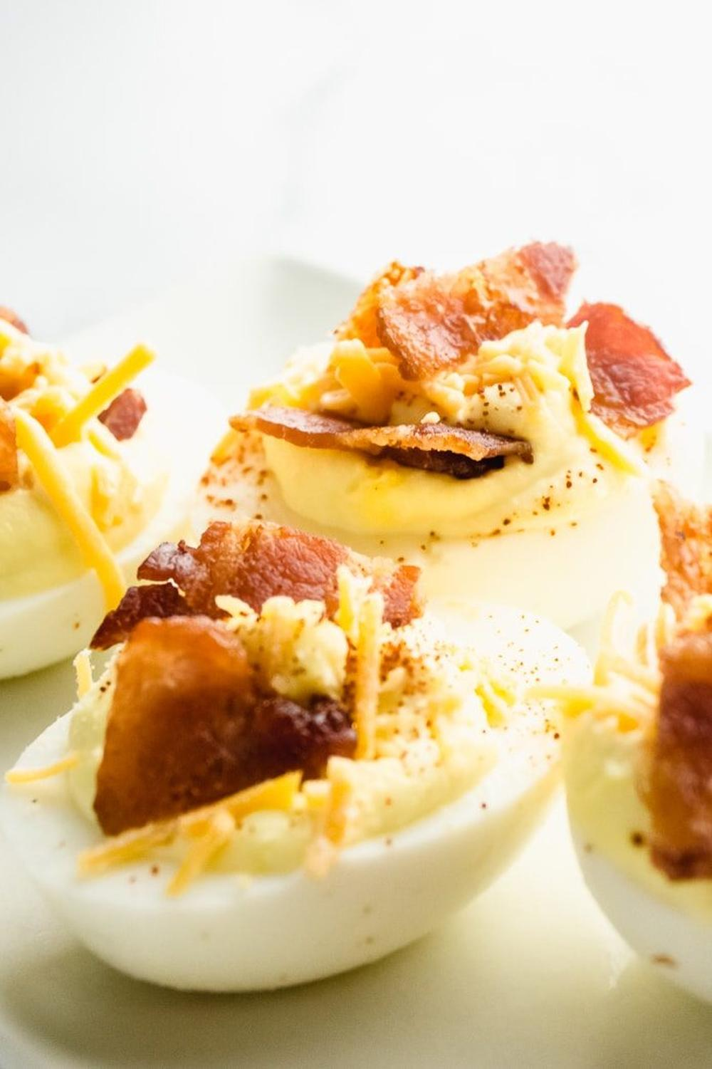 Keto deviled eggs with cheddar and bacon easy thanksgiving appetizers
