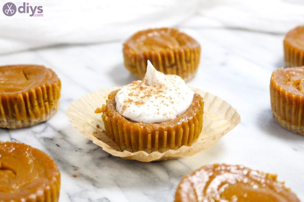 Mini pumpkin pies with chickpeas thanksgiving fancy appetizers
