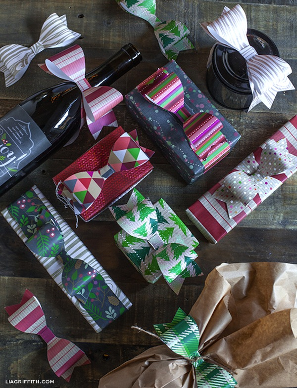 how to make a giant bow from wrapping paper