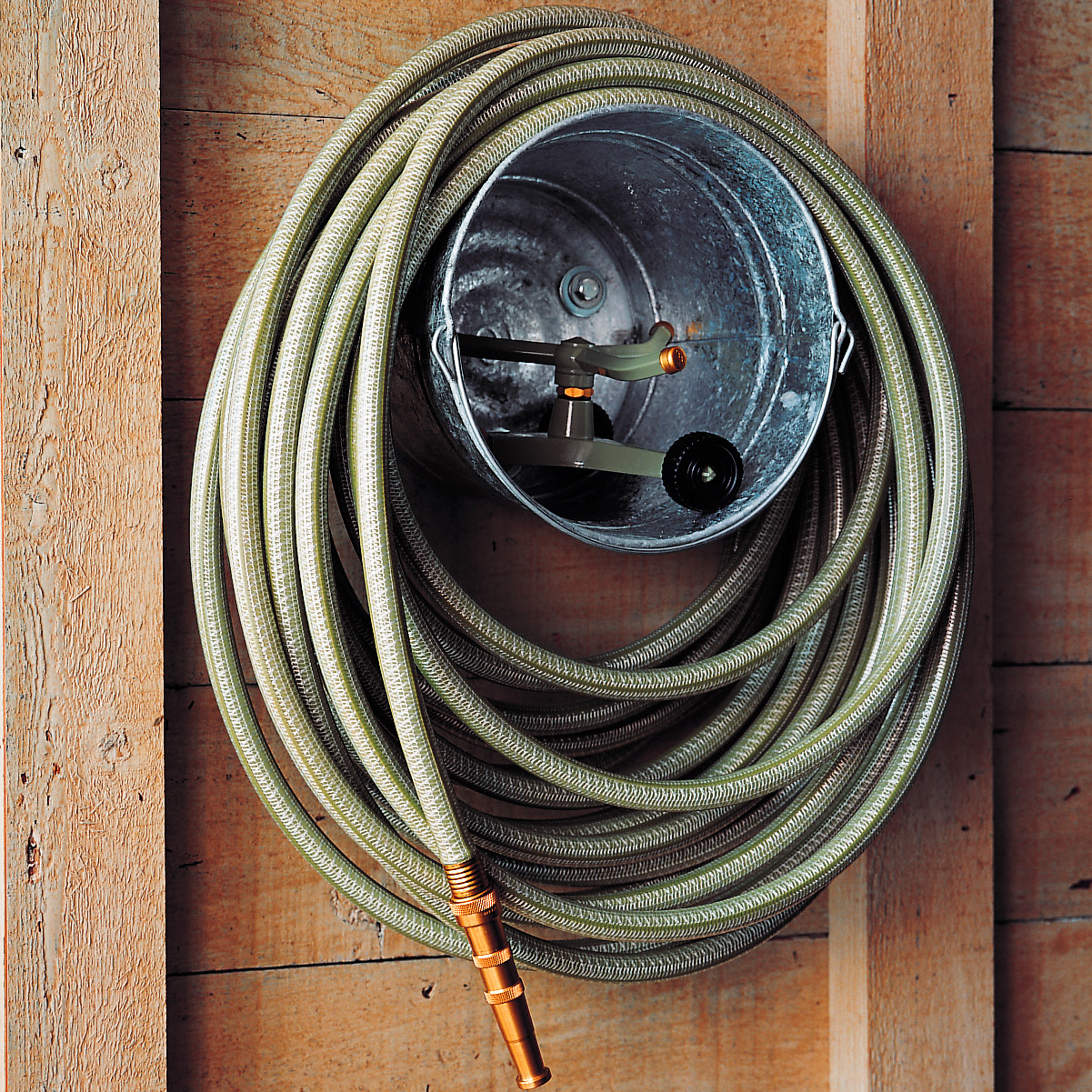 Diy bucket hose storage