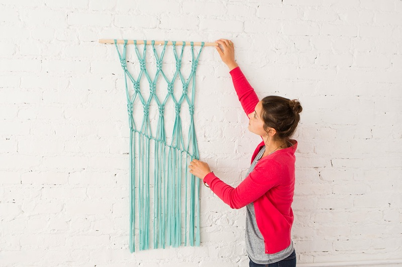 Diy macrame wall hanging teal