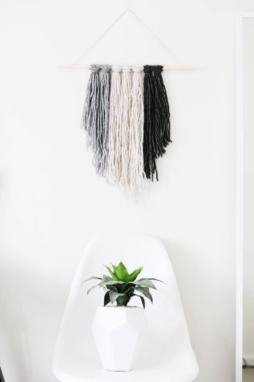Diy ombre macrame wall hanging