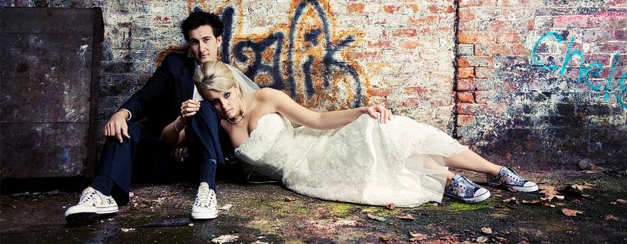 Graffiti wall trash the dress