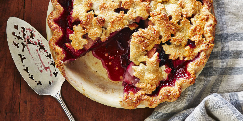 Harvest pear blackberry pie