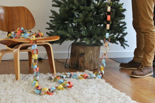 Natural stand for fake christmas tree diy