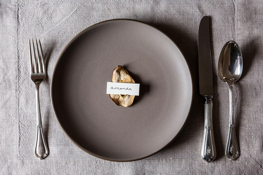 Pear crisp place card diy