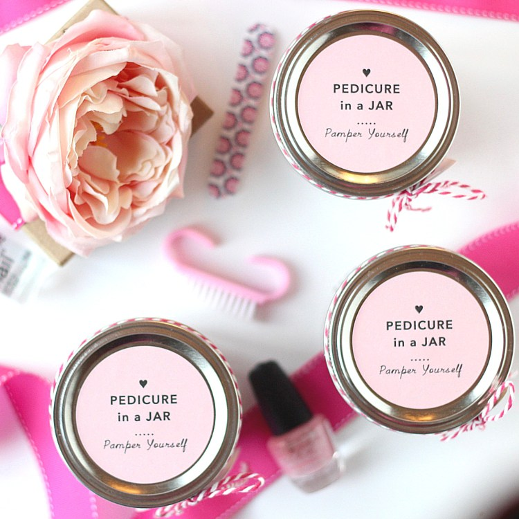 Pedicure in a jar for mom