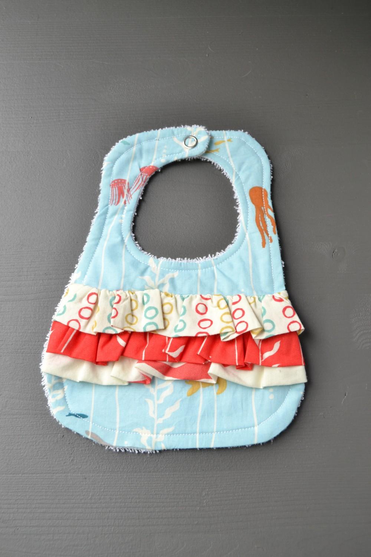 Ruffle bib sewing tutorial