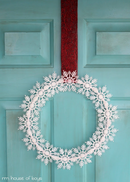 Snowflake wreath diy