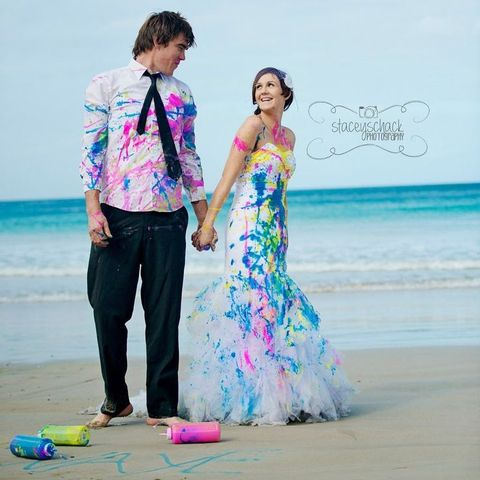 Squirt paint trash the dress