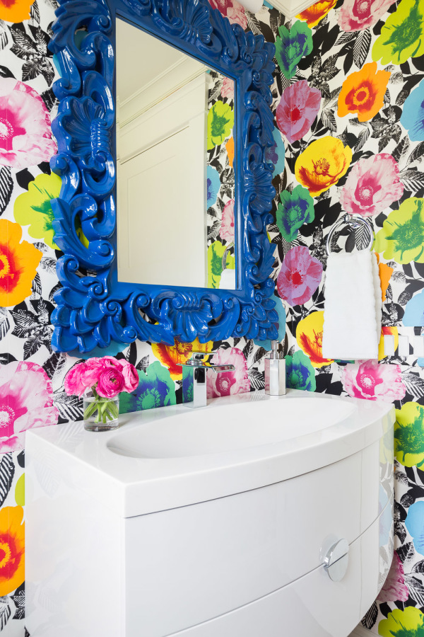 Super colorful floral bathroom wallpaper