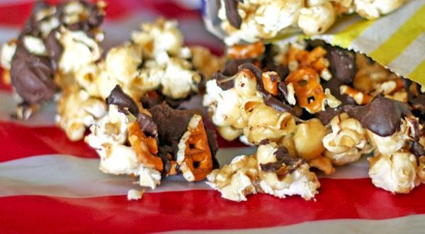 Caramel pretzel popcorn