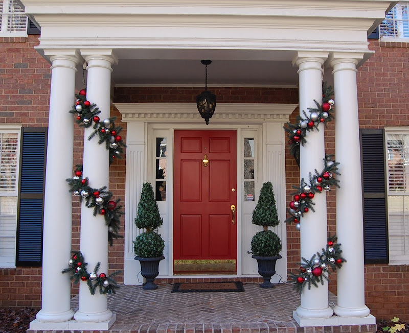 diy front porch decor idea - Front Door Entrance Christmas Decoration