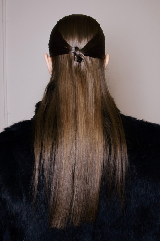Diy knotted hairstyle