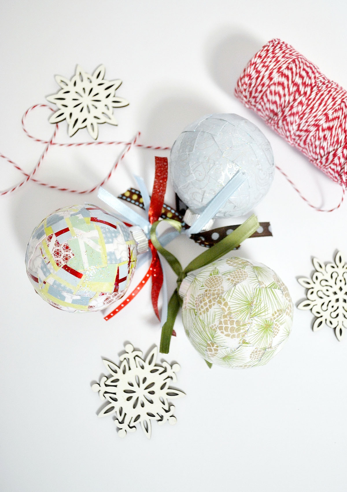 easy paper scrap diy christmas ornaments - Easy Paper Christmas Decorations