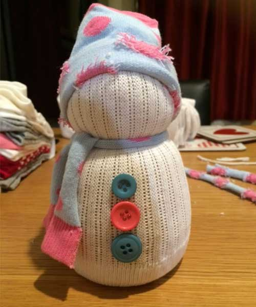 How to make sock snowmen add buttons