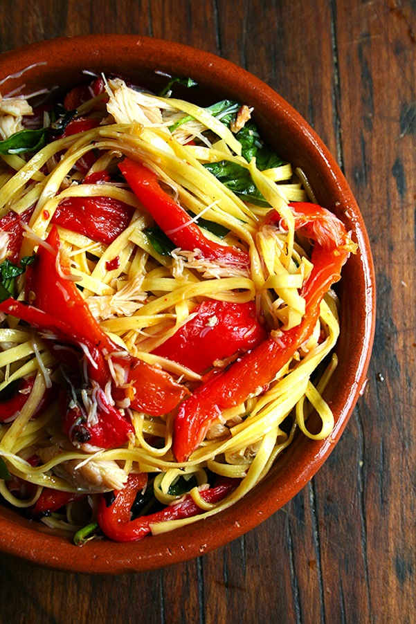 Linguine with roasted red peppers, crabmeat, and basil