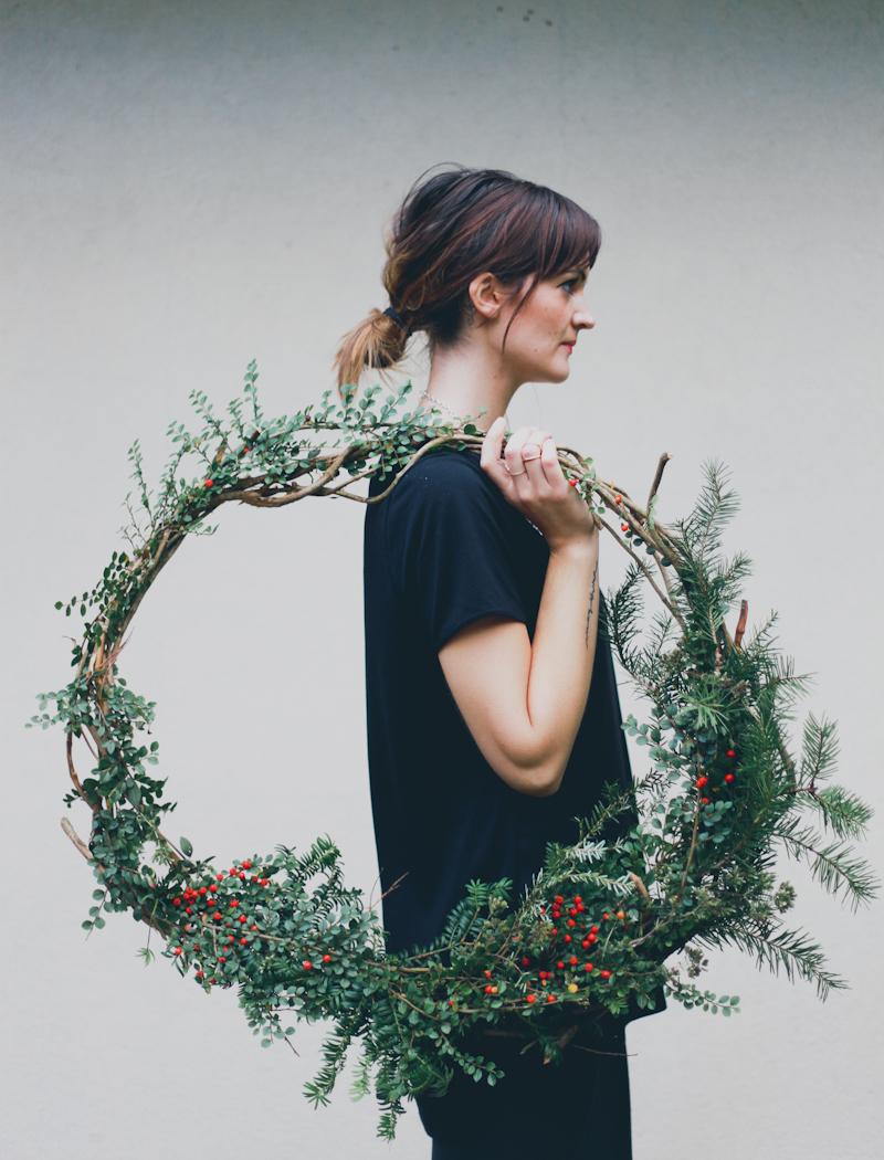 Natural christmas wreath diy 1