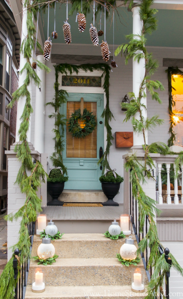Natural christmas porch decorating idea