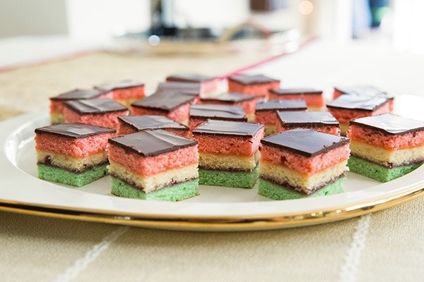 Neopolitan holiday cookies
