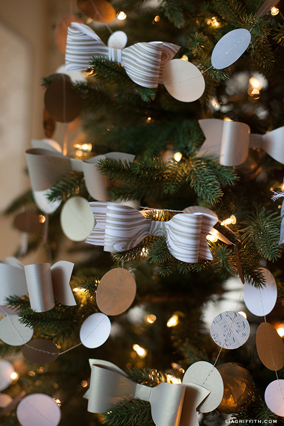paper bow tree ornaments diy