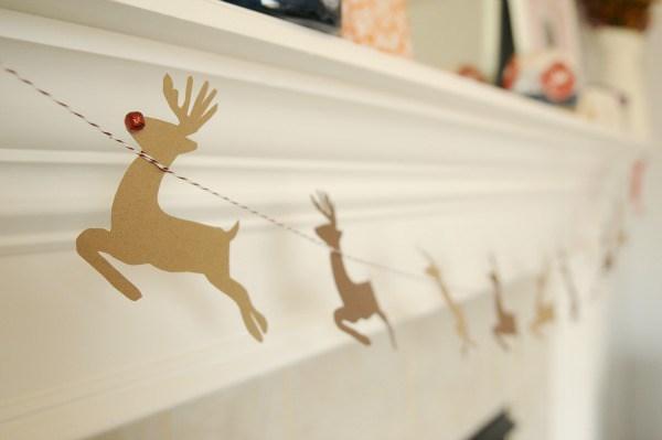 Reindeer garland diy