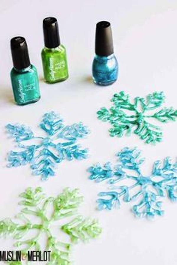 Sparkly glue gun snowflakes