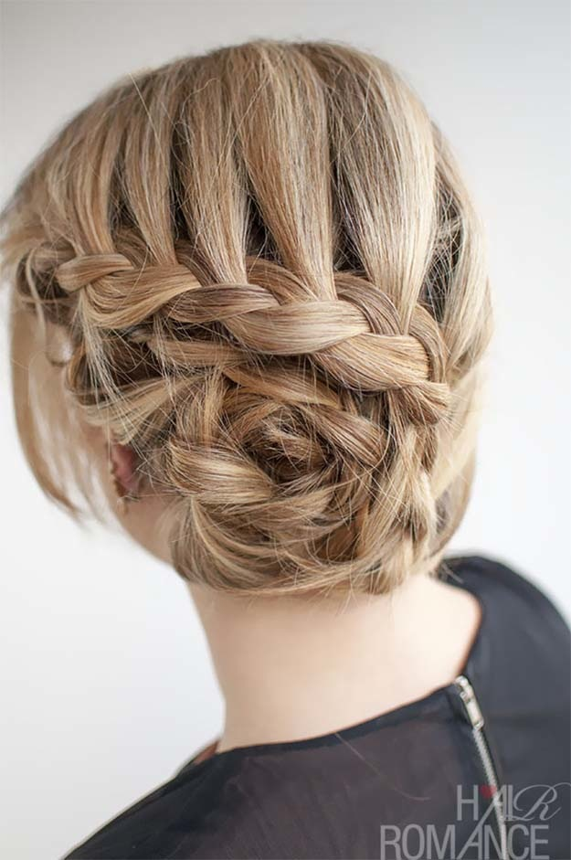 Spiralled lace braid