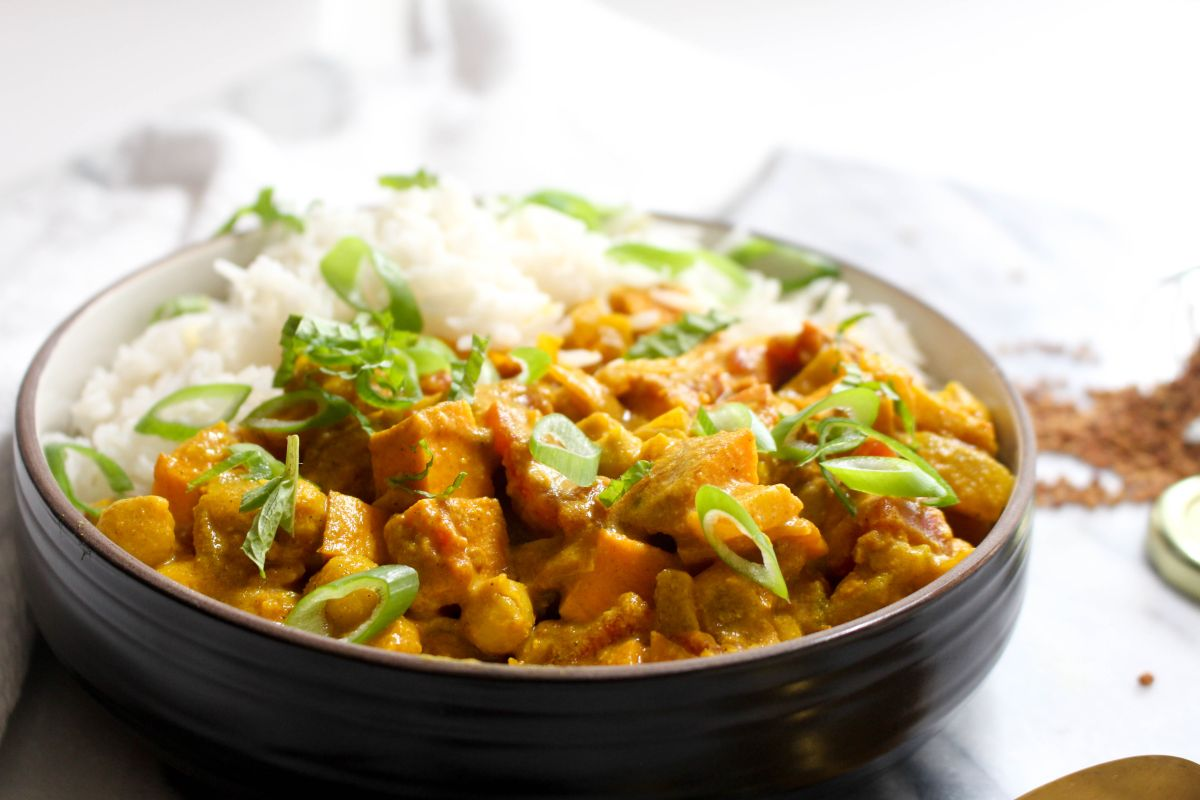 Sweet potato and chickpea curry recipe