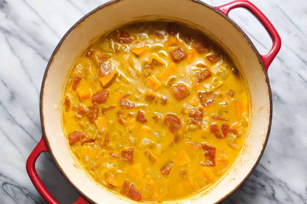Sweet potato and chickpea curry potatoes