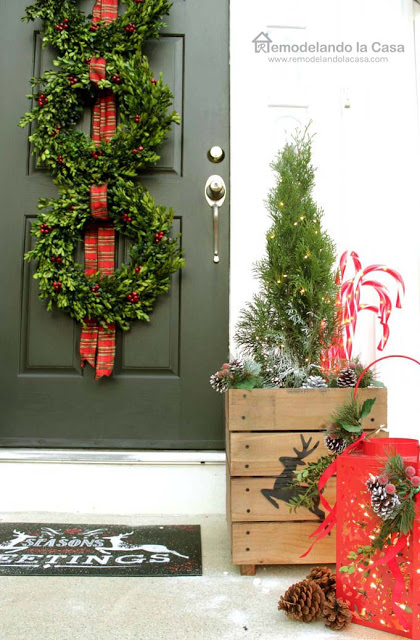 Three wreath christmas door decor the home depot1
