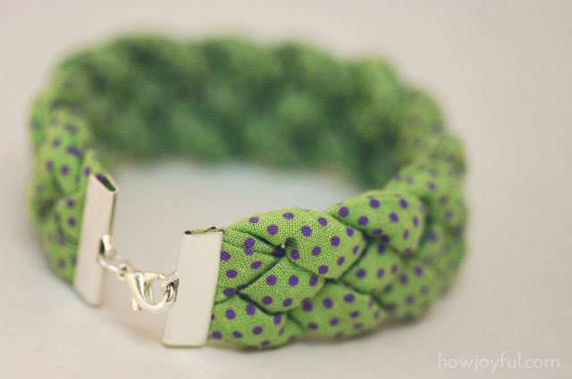 Braided fabric bracelet diy