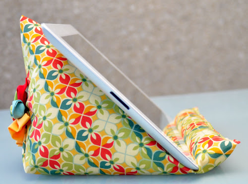 Diy bean bag ipad stand