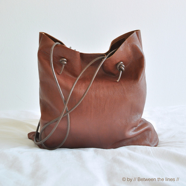 Easy leather bag sewing tutorial