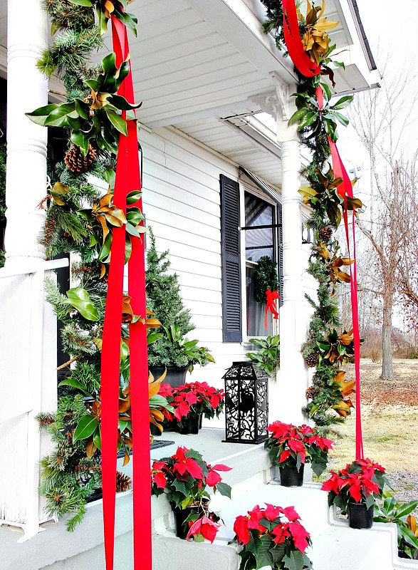 How to decorate a front door ribbon