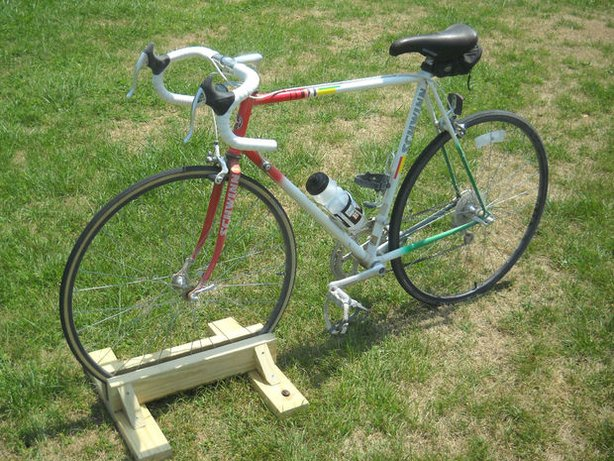 Simple diy bike rack