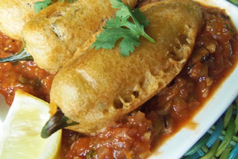 Beer battered stuffed jalapeno peppers with tomato jam 3 2