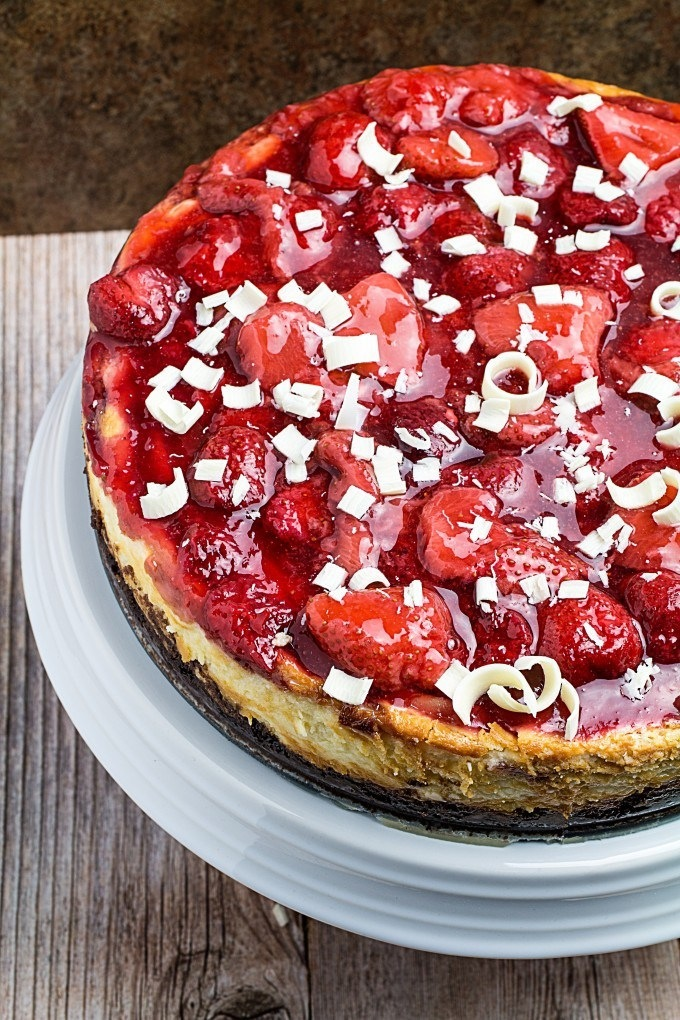 East white chocolate strawberrry cheesecake