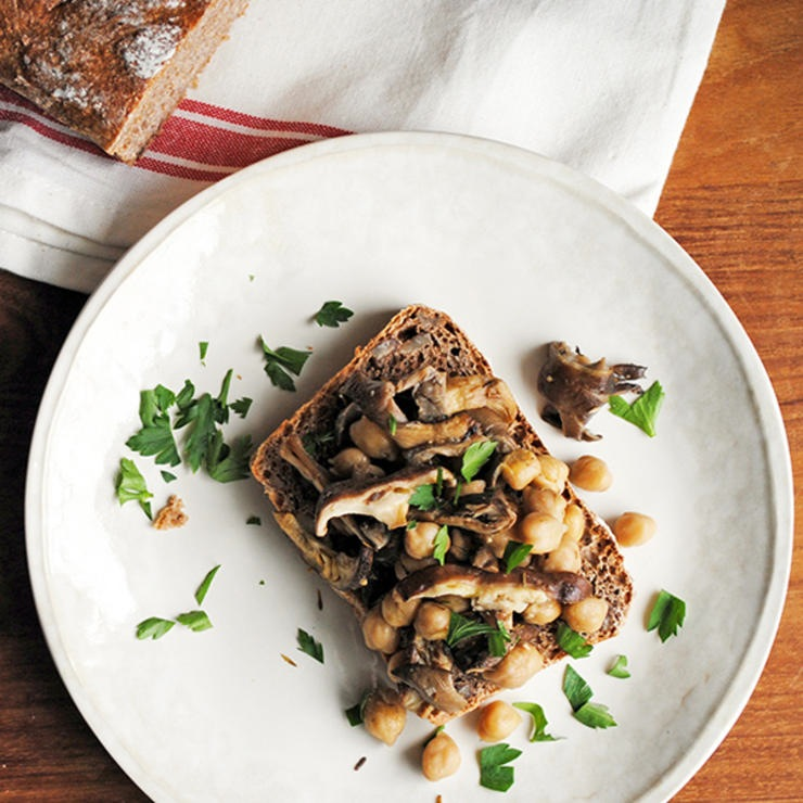 Garlic chickpeas and mushrooms on toast