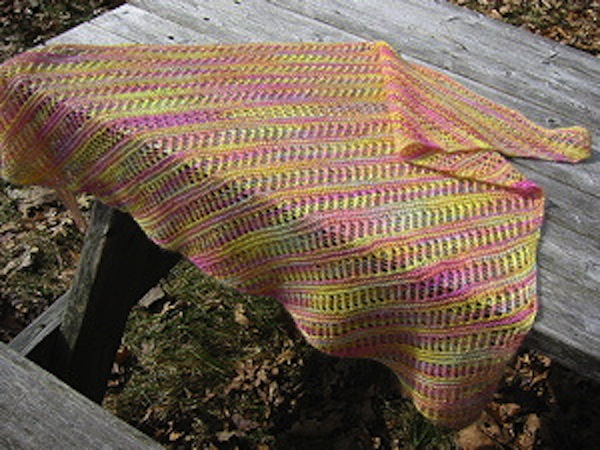Garter lace triangle shawl