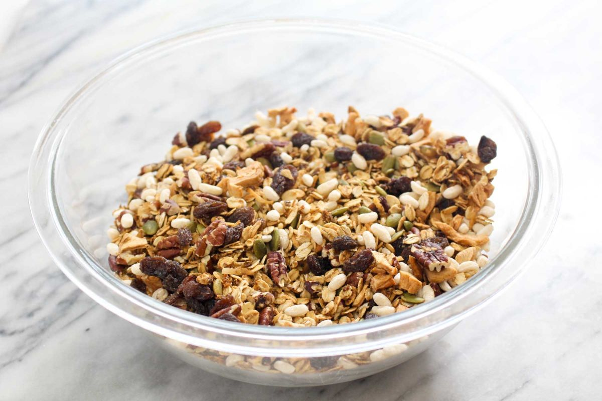 Homemade muesli cereal combine cooled muesli