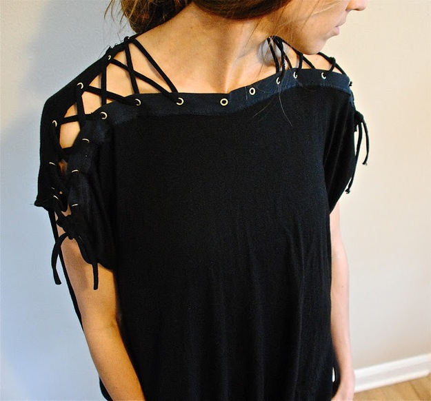 Laced collar and sleeves