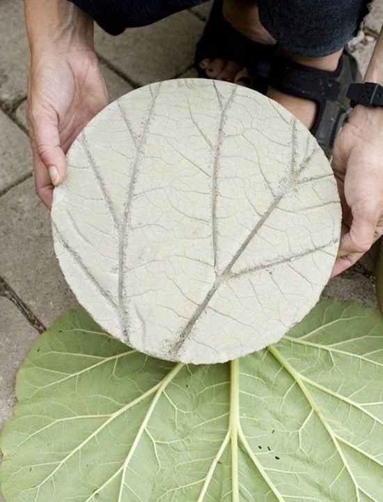 Leaf vein stepping stone diy