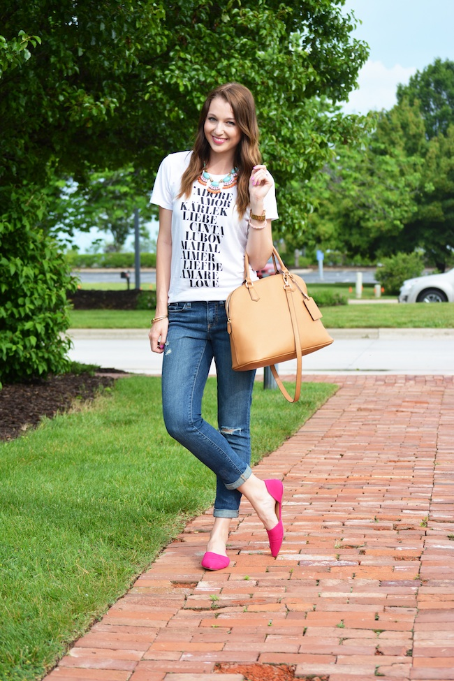 Summer jeans and tee concert outfit