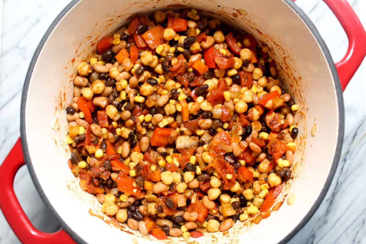 Three bean tortilla soup beans and corn