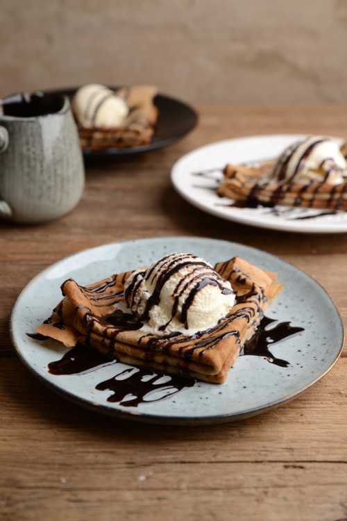 Coffee crepes with vanilla ice cream and chocolate