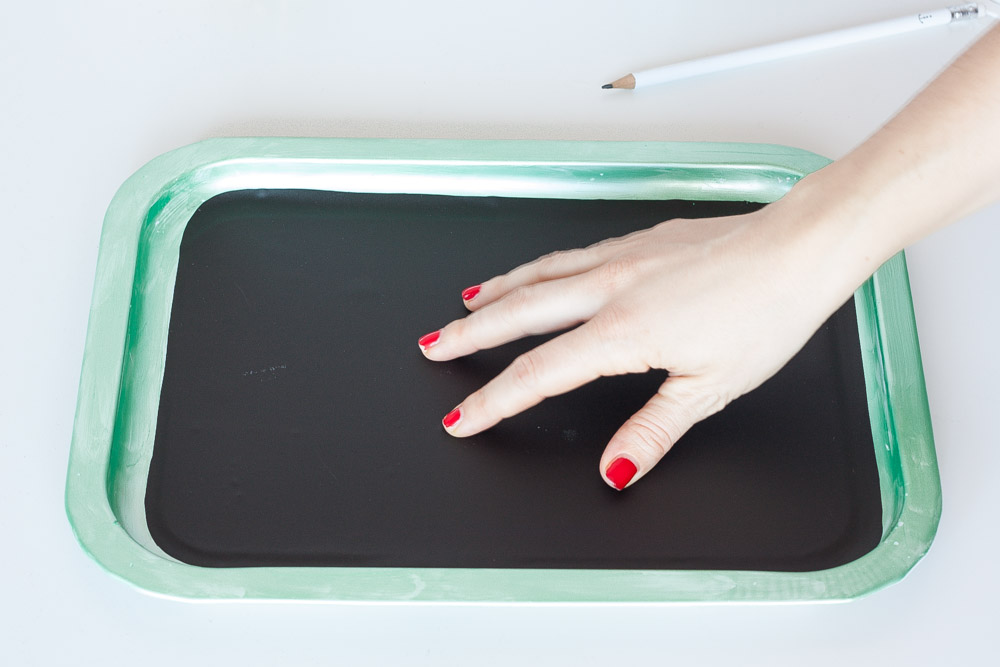 Diy blackboard tray press