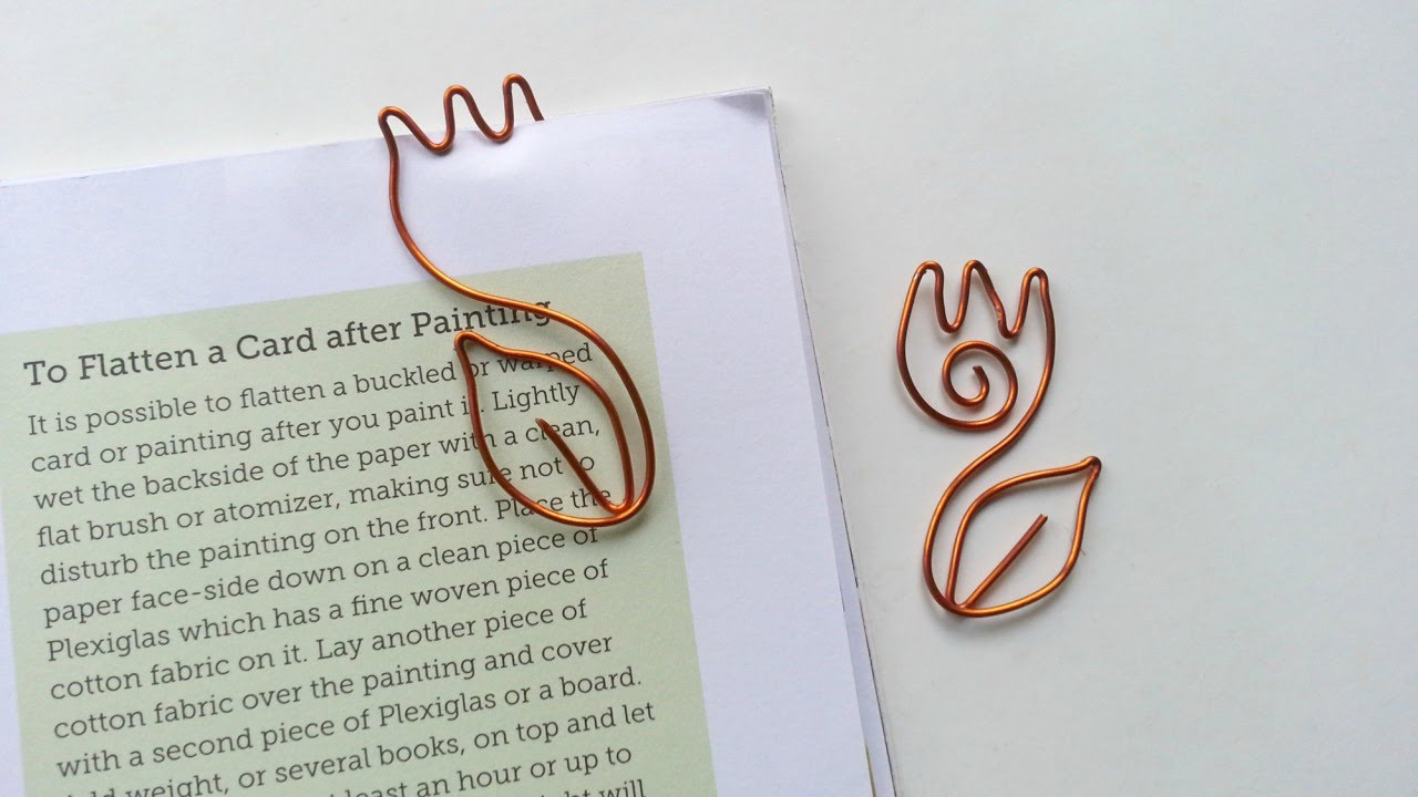 Diy tulip wire bookmark