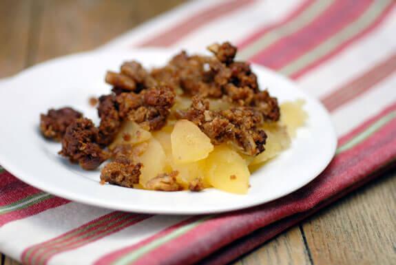 Gingerbread apple crisp recipe gluten free dsc 46361